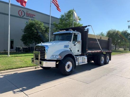 2016 Mack GU813 6x4 Davis Dump Body Dump Truck