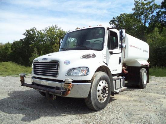 2014 Freightliner M2106 4x2 McLellan 2500 B3 KIT Water Truck