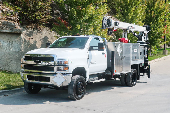 Load King Voyager P (LK7522) ServiceTruck+Crane on 2019 Chevrolet 5500 4x4