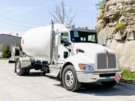 Trinity Containers 3499/80 Bulk Propane Delivery on 2021 Kenworth T370 4x2
