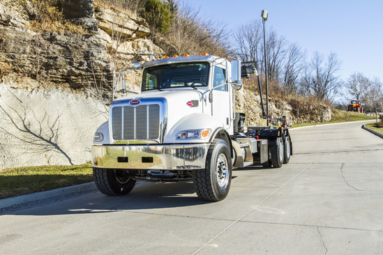 Galbreath U5-OR-174 Roll-Off on 2021 Peterbilt 348 6x4