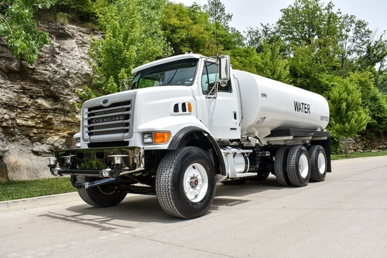 2007 Sterling LT7500 6x4 Load King 4000 Gal Kit Water Truck