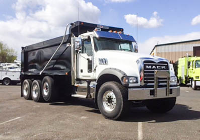 2020 Mack GU713/64FR 8x4 OX BODIES 17.6' Chisholm Dump Truck