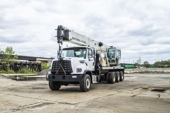 2016 Freightliner 108SD 8x8 National NBT36127 Boom Truck