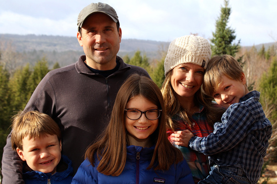Pete Chase, his wife, and three children.
