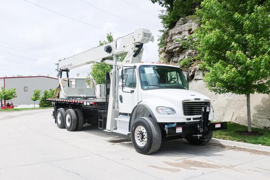 2020 Freightliner M2106 6x4 National NC8100D Boom Truck