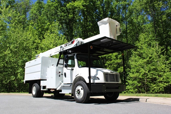 Terex XTPRO60/70-BOC-F-PC Forestry Bucket Truck on 2021 Freightliner M2106 4x2