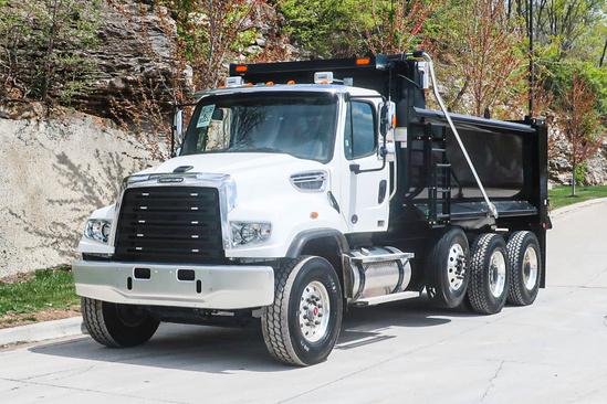 2022 Freightliner 114SD 8x4 Load King EXD16.0543-16HLI Dump Truck