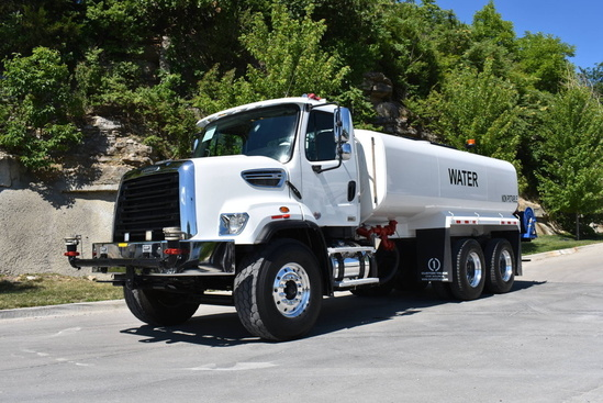 2013 Freightliner 108SD 6x4 McLellan 4000 + Water Cannon Water Truck