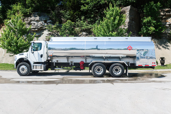 Mid-State Tank 4500-4C Refined Fuel on 2019 Freightliner M2106 6x4