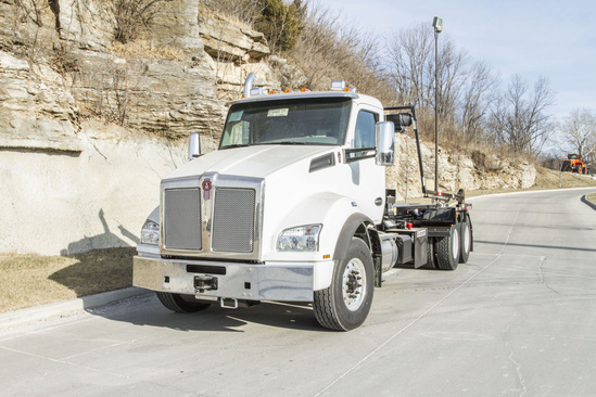 2020 Kenworth T880 6x4 Cab & Chassis