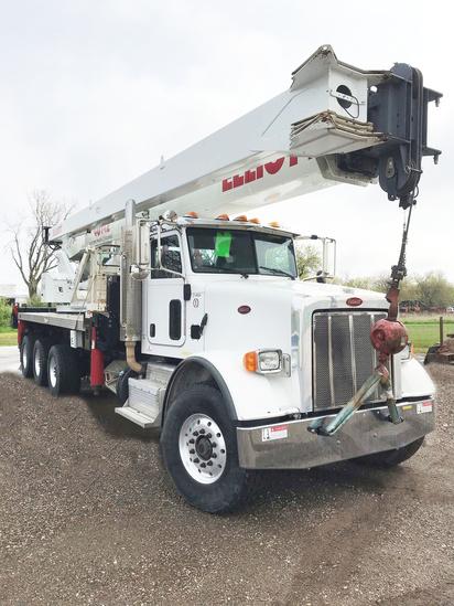 2015 Peterbilt 365 8x6 Elliott 40142R Boom Truck