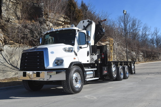 IMT 40/275 K5 Knuckle Boom on 2015 Freightliner 114SD 10x4