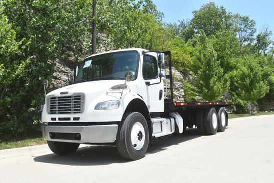 2013 Freightliner M2106 6x4 Flatbed Truck