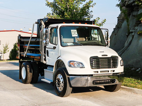 2022 Freightliner M2106 4x2 Load King SSD10.02910GA Dump Truck