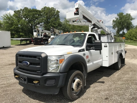 2013 Ford F550 4x4 Versalift SST-40-EIH Bucket Truck