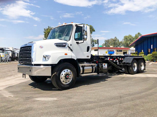 AMREP AMRO-H-22 Roll Off on 2021 Freightliner 114SD 6x4