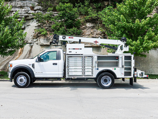 IMT DOM1SIII + 7530 ServiceTruck+Crane on 2021 Ford F600 4x4