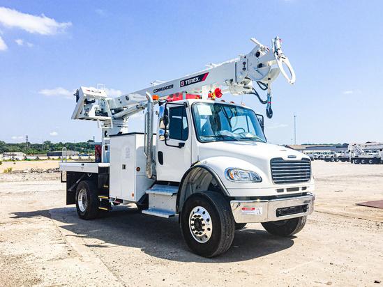 Terex Commander 4047 Digger Derrick on 2020 Freightliner M2106 4x4