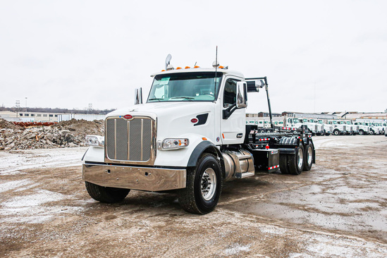 Galbreath U75T-OR-174 Roll-Off on 2020 Peterbilt 567 6x4