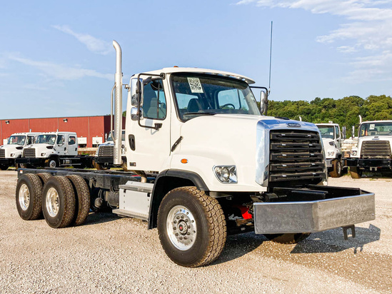 2022 Freightliner 108SD 6x4 Cab & Chassis